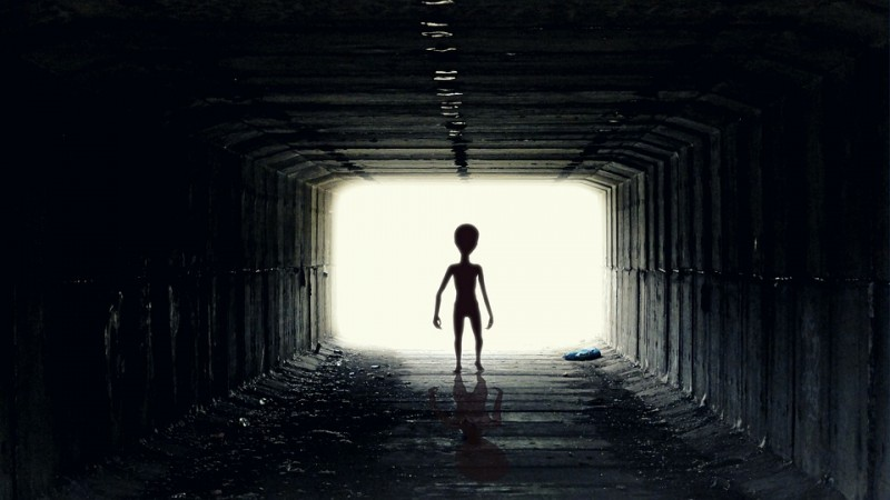 1527243732_alien